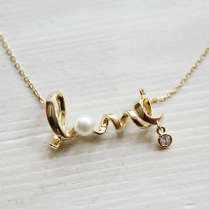 Golden LOVE Letters Pattern Necklac..