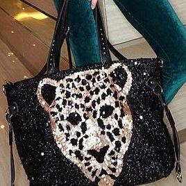 Black Leopard Pattern Fashion Hand ..