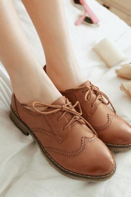 Lace-Up Leather Oxford Shoes with Brogue Details, Flat Shoes