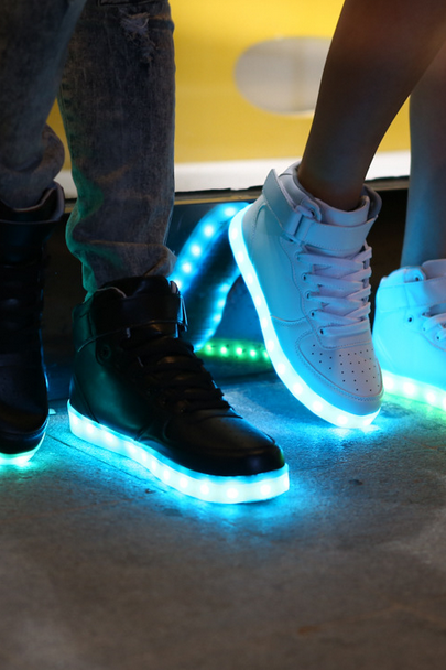 LED lights high help sports shoes lovers sneakers shoes