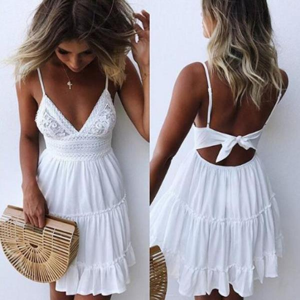 Sexy lace sling stitching halter dress