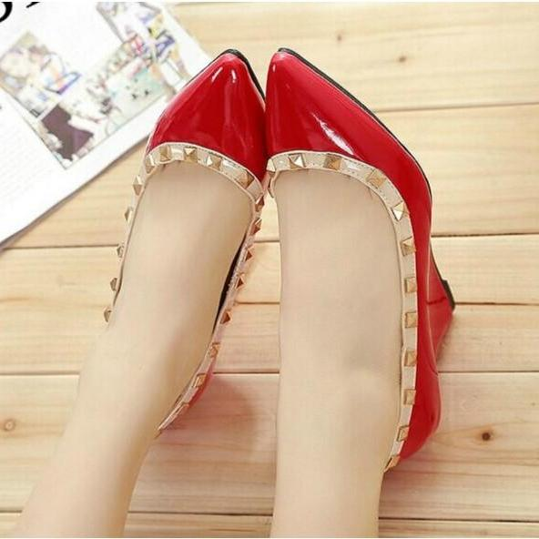 Stylish Rivet Design Fashion Shoes